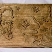 Резная шкатулка с рисунком «Кот на Луне»