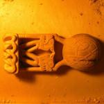 Вырезаем кельтскую ложку. Вырезаем орнамент на черпаке.